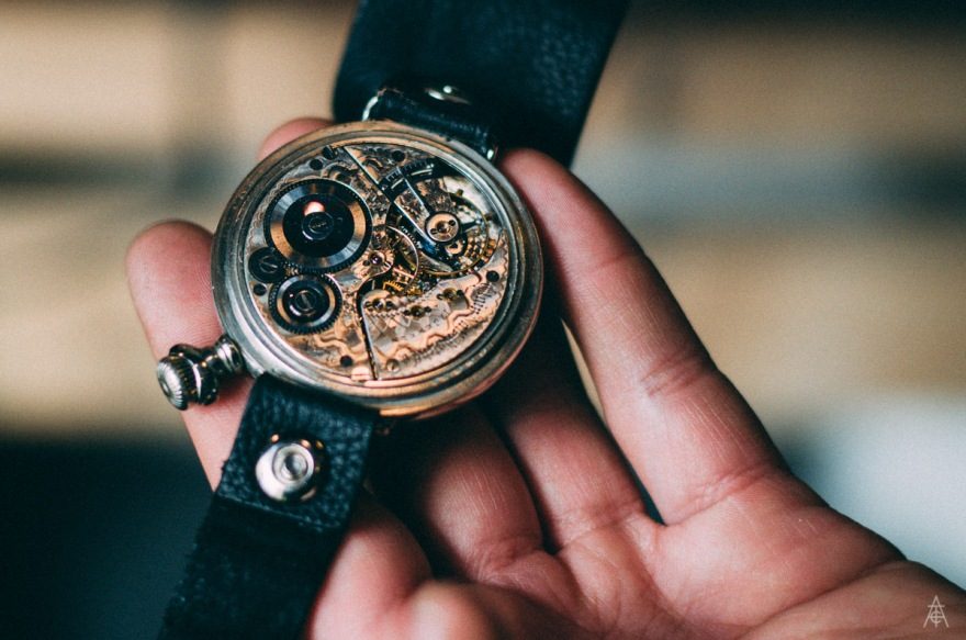 """Flip picture of the 1897 showing the artwork that went also into the inside of these beautiful watches."""